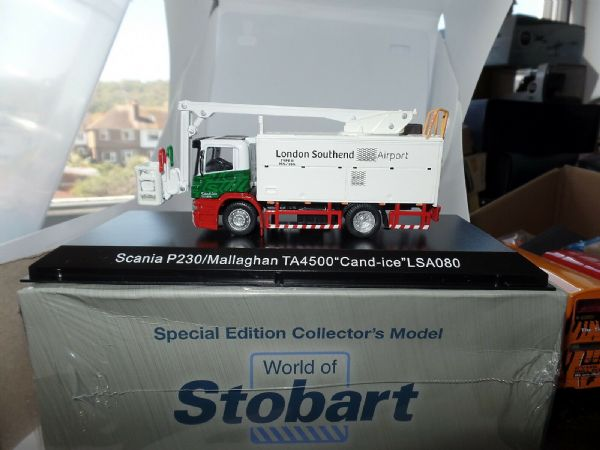 Atlas Oxford JV4110 1/76 OO Stobart Scania P230/Mallaghan TA4500 Cand-ice LSA080